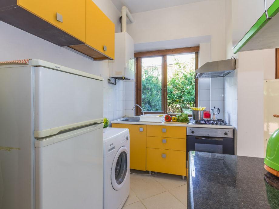 apartment la pineta 6 2231 montignoso firma happy. Black Bedroom Furniture Sets. Home Design Ideas