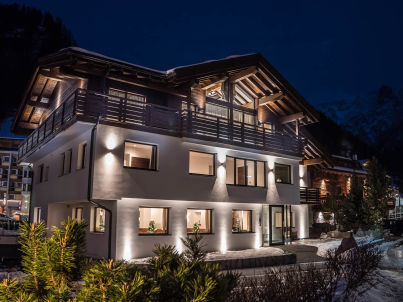 """Arya Alpine Lodge"""