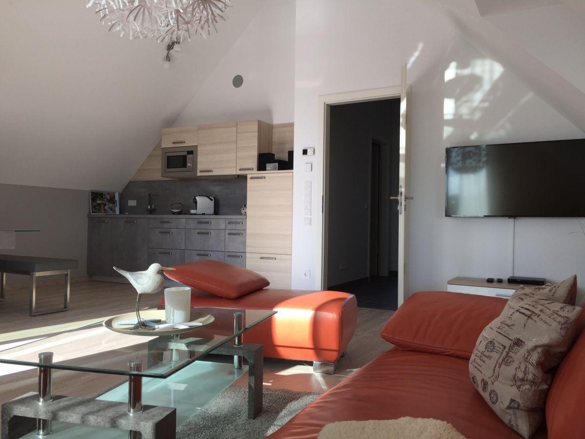 exklusive ferienwohnung alter hafen wismar firma a a wenhardt gbr frau anett wenhardt. Black Bedroom Furniture Sets. Home Design Ideas