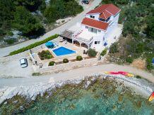 Villa House Jakas