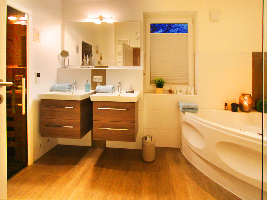 ferienhaus arhus mit tollem wasserblick ostsee flensburger f rde firma. Black Bedroom Furniture Sets. Home Design Ideas