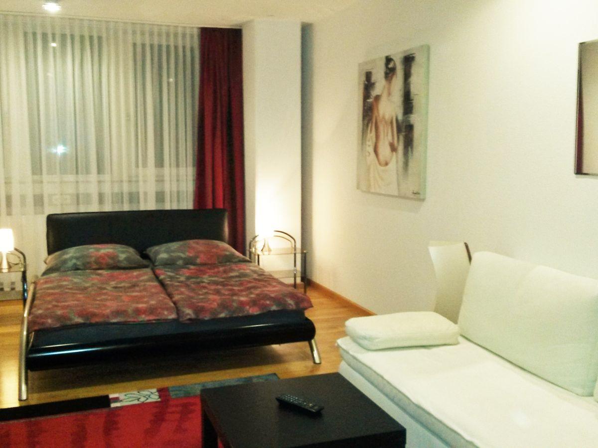 ferienwohnung munich apartment bayern m nchen haidhausen bogenhausen firma munich apartments. Black Bedroom Furniture Sets. Home Design Ideas