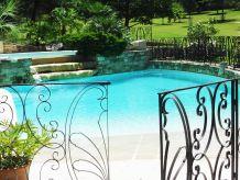 Ferienhaus Mas Schwimmbad Tennis in der Provence