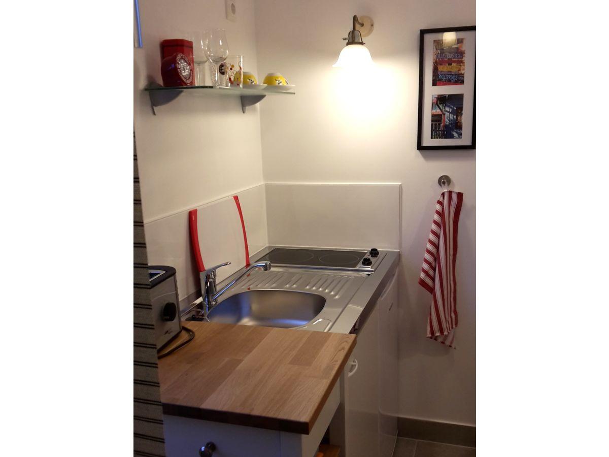apartment wohnung am werdersee zentrum bremen bremen neustadt frau u berge. Black Bedroom Furniture Sets. Home Design Ideas