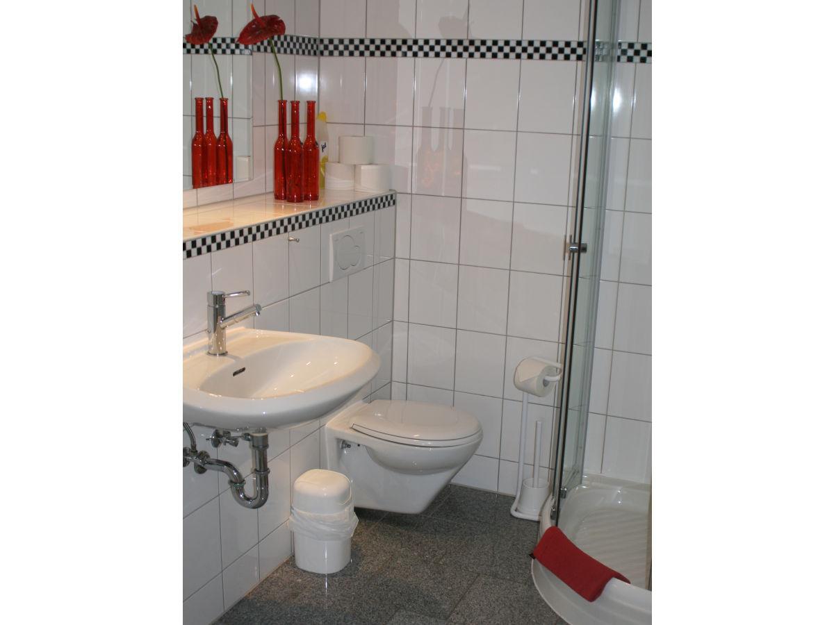 ferienwohnung schley nr 5 ostsee usedom firma waldhof firma sylvia schley. Black Bedroom Furniture Sets. Home Design Ideas