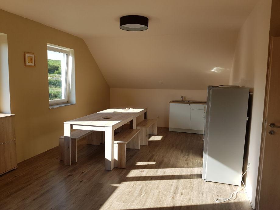 ferienwohnung weinbergschnecke rheinhessen bechtolsheim frau kantarat jeanny pfeiffer. Black Bedroom Furniture Sets. Home Design Ideas
