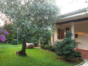 Ferienwohnung in der Villa Christine