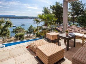 Villa mit Meerblick auf der Insel Krk