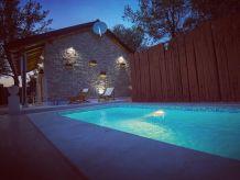 Ferienhaus Wunderschönes Ferienhaus mit Pool