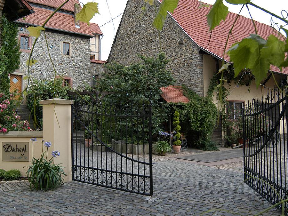 Weingut und Gästehaus Dätwyl
