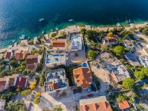 Großes Ferienhaus, 50 m vom Meer entfernt