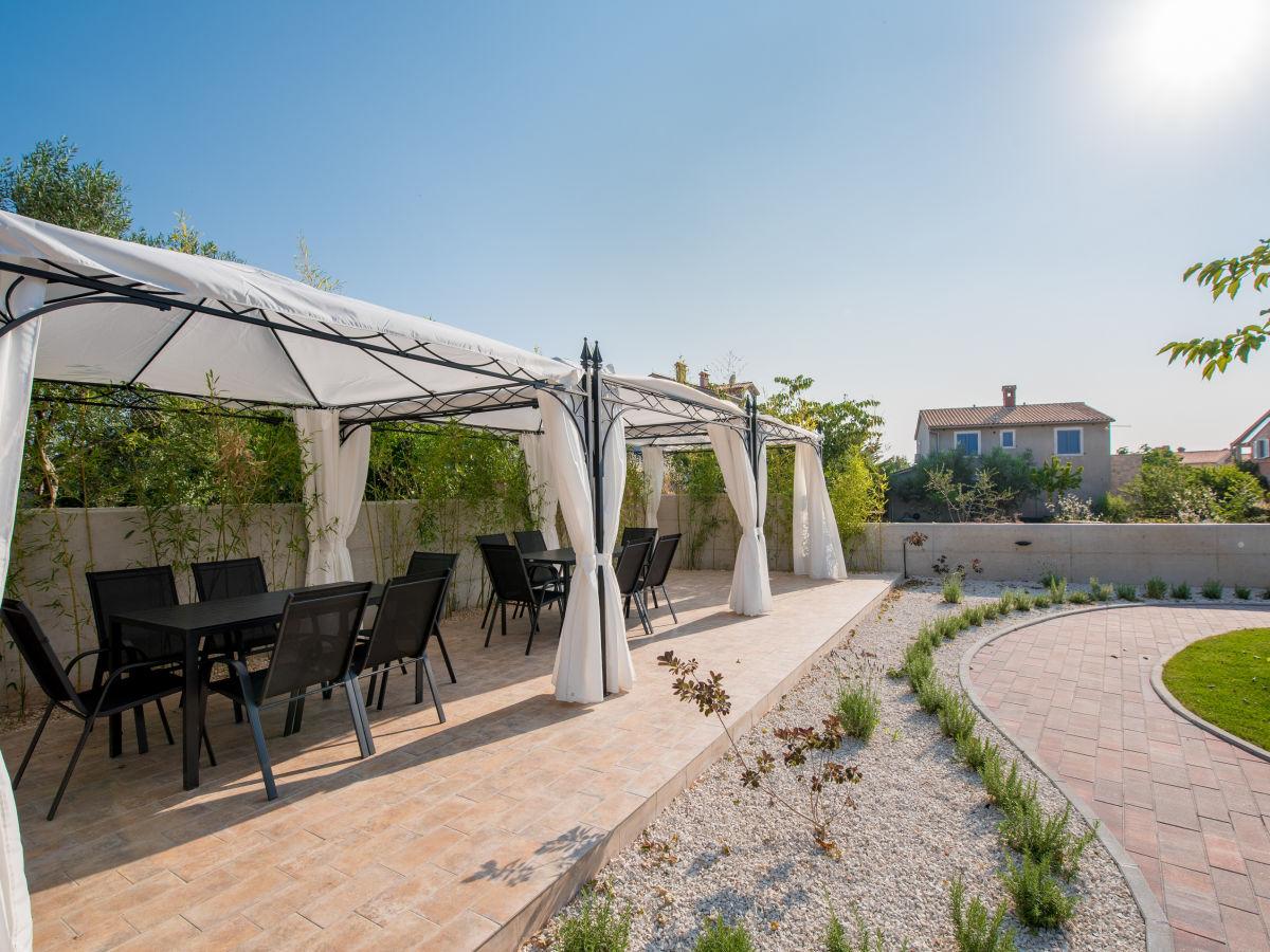 ferienwohnung villa anja kroatien istrien firma nachbarin der familie frau sandra skare. Black Bedroom Furniture Sets. Home Design Ideas
