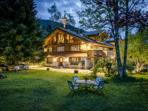 Chalet Garden Lodge