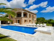 Finca Mansion Ses Oliveres