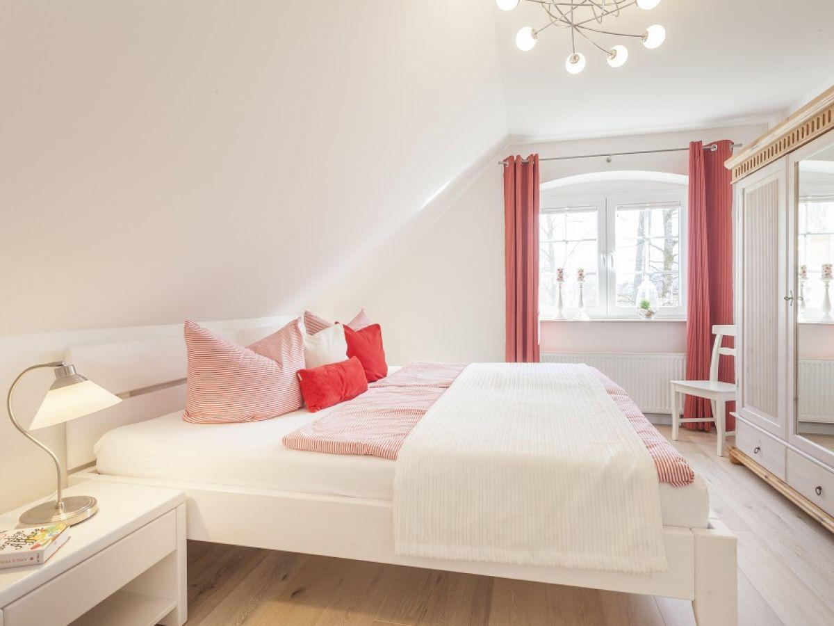 ferienhaus eichenwald glowe auf r gen familie elke und. Black Bedroom Furniture Sets. Home Design Ideas