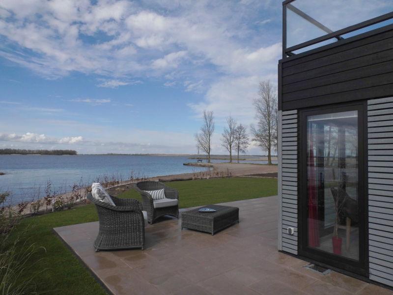 Strand-Ferienhaus direkt am Veluwemeer