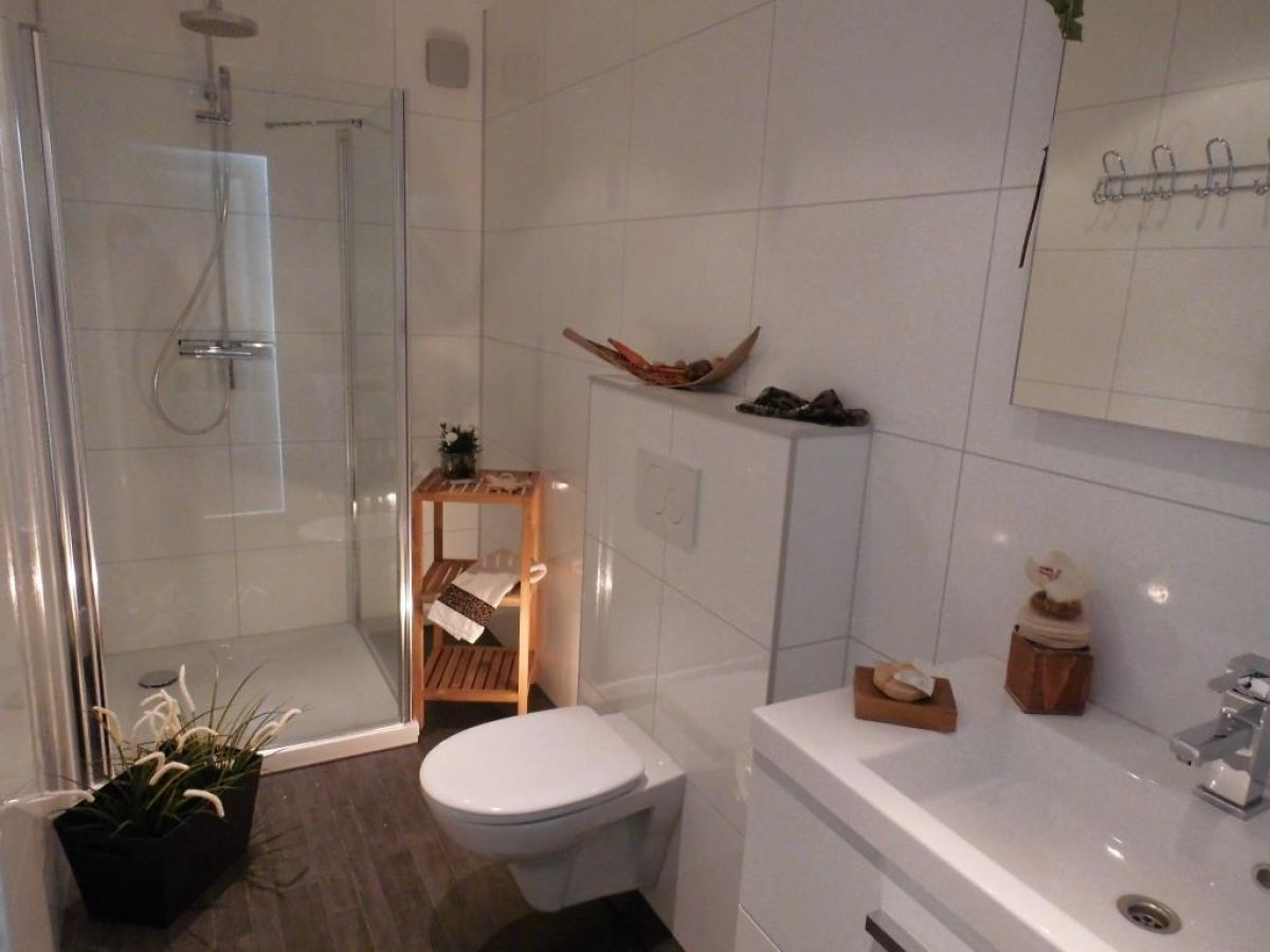 ferienhaus neu strandhaus mit meerblick niederlande. Black Bedroom Furniture Sets. Home Design Ideas