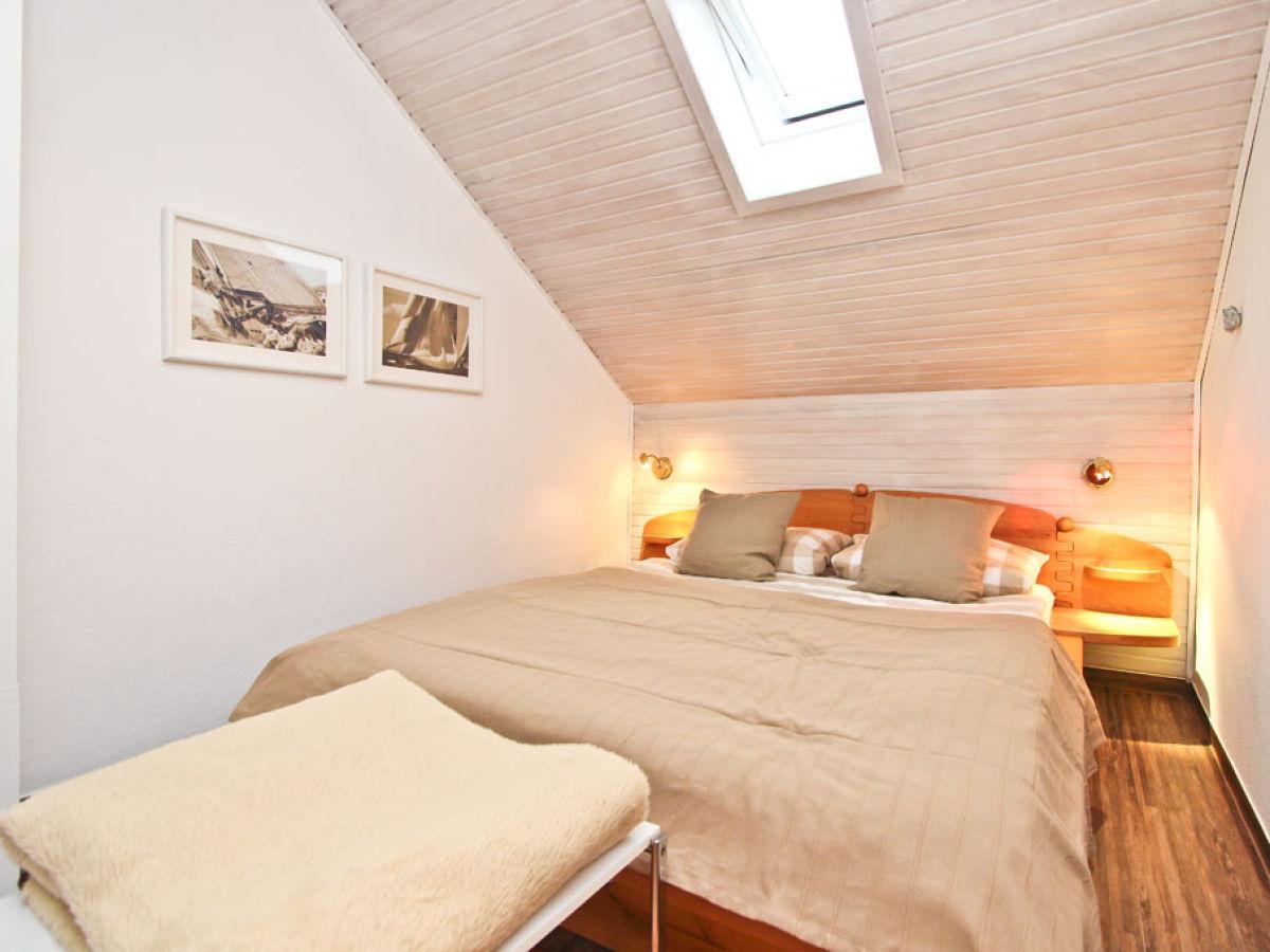ferienhaus ludwigstr 27 app 9 ostsee l becker bucht firma b bs appartements herr. Black Bedroom Furniture Sets. Home Design Ideas