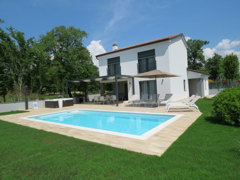 Fantastische Villa in der Nähe von Rovinj - neu!