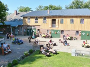 Ferienwohnung im Neubau auf dem Bauernhof Andresen (ebenerdig)