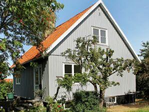 Ferienwohnung Rønne, Haus-Nr: 98874