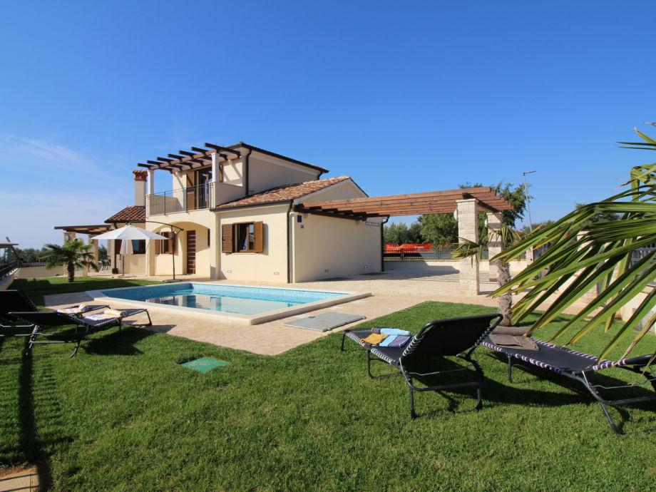 Außenaufnahme Villa Stefanie with pool
