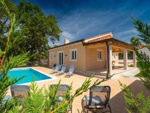 Villa Terezija- Kein Titel -