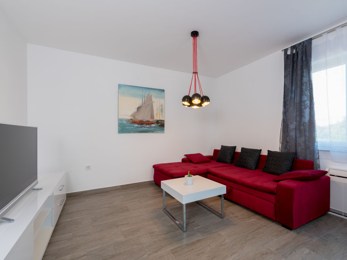 ferienwohnung villa anja 4 plus 2 kroatien istrien. Black Bedroom Furniture Sets. Home Design Ideas