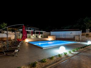 Ferienwohnung Villa Anja 4 plus 2