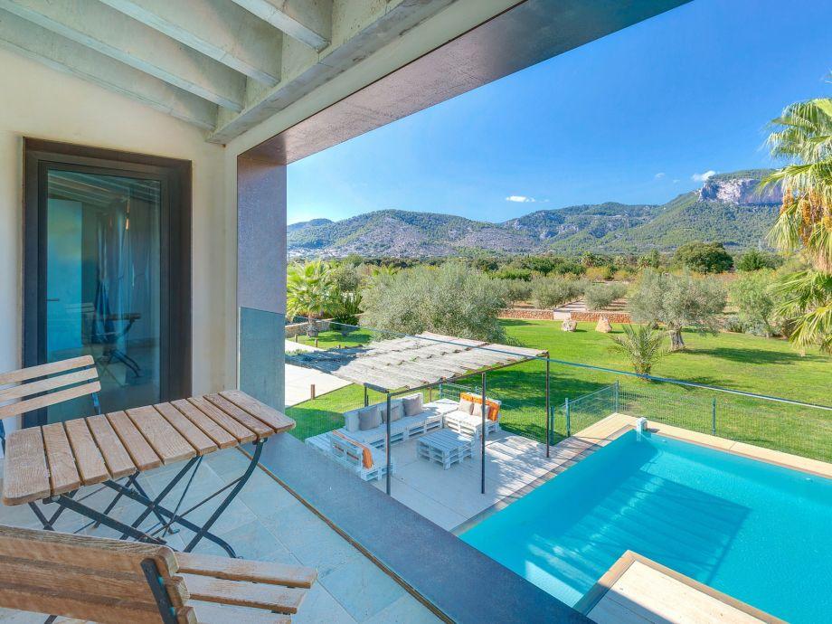 Außenaufnahme Villa Carlaixa