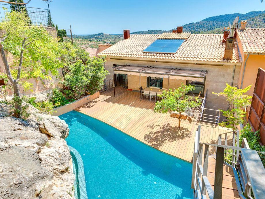Außenaufnahme Villa Luxury Alaro