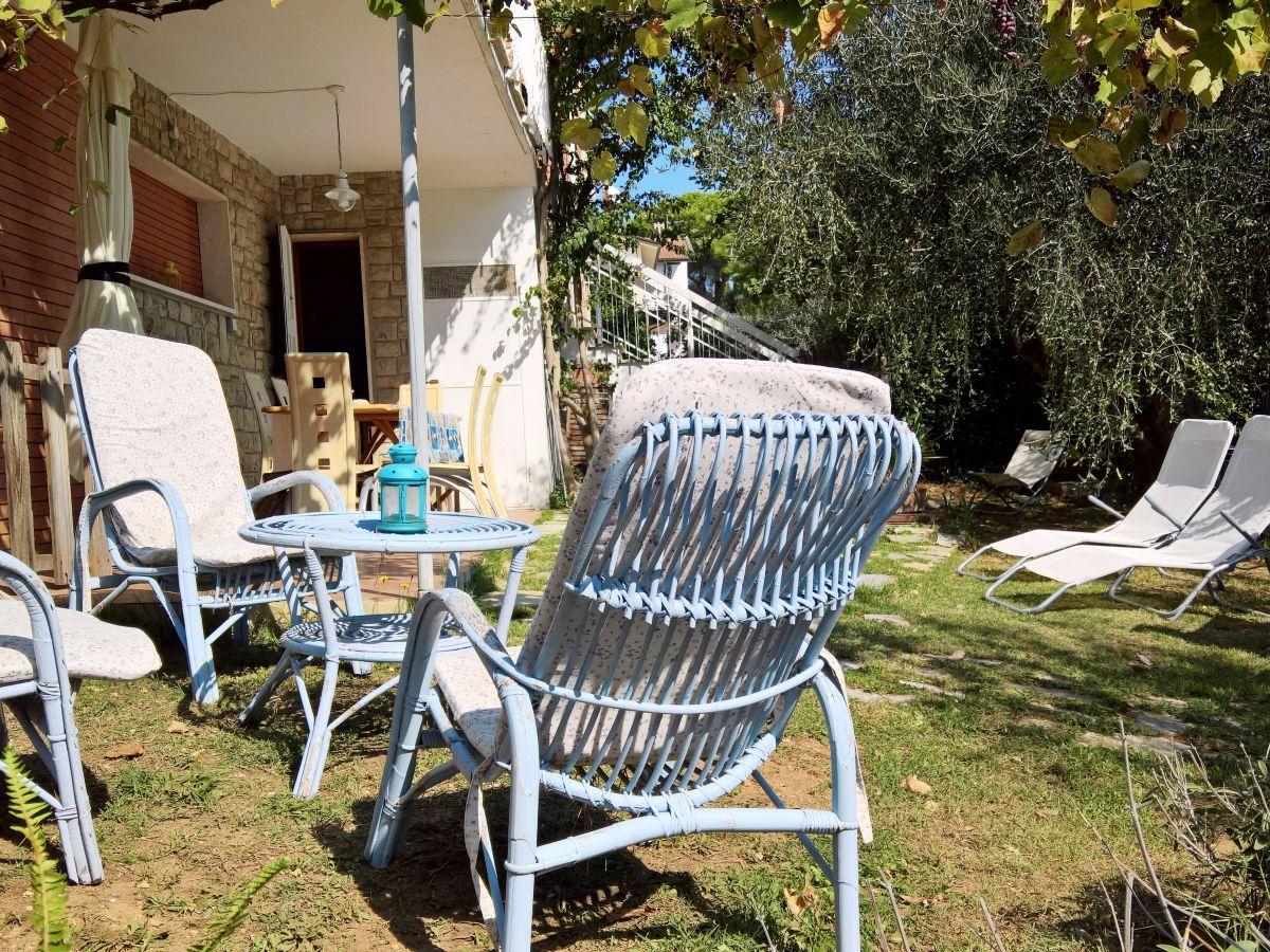 ferienwohnung le spianate castiglioncello frau anke kruggel. Black Bedroom Furniture Sets. Home Design Ideas