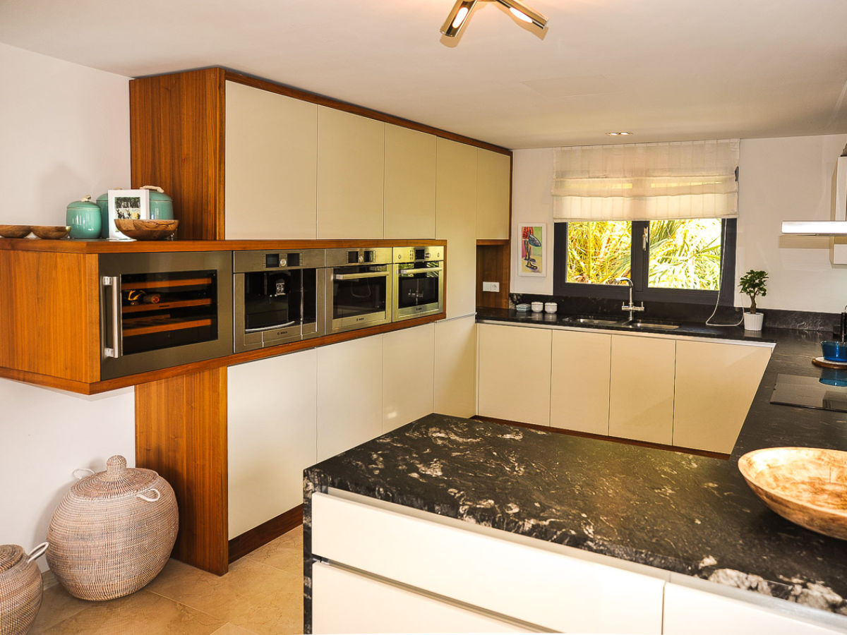 ferienhaus schickes poolhaus id 2550 mallorca santa. Black Bedroom Furniture Sets. Home Design Ideas