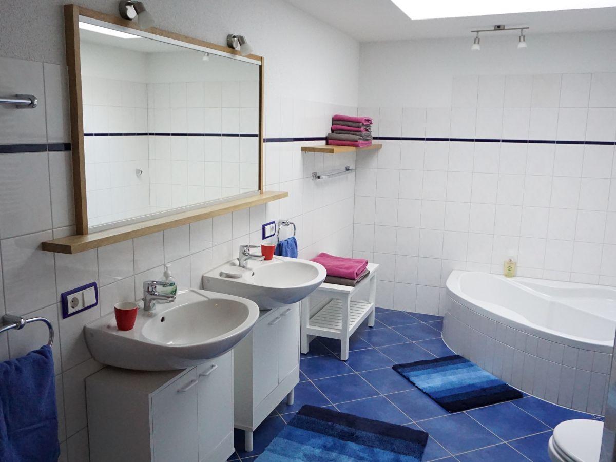ferienwohnung 1 im haus lavendel kaiserstuhl deutschland familie paul und heide meyer. Black Bedroom Furniture Sets. Home Design Ideas