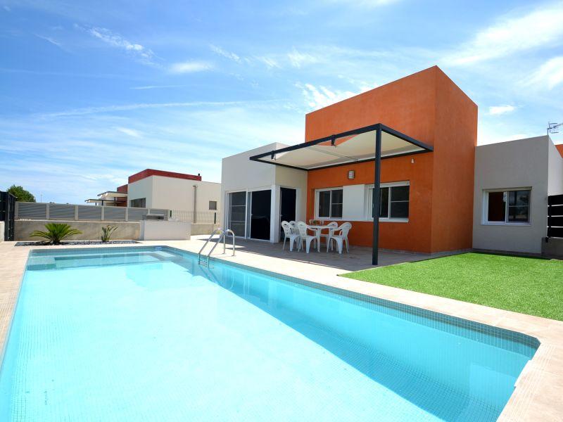 Chalet Neues modernes Ferienhaus Casa Marti mit Privatpool