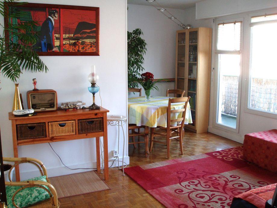 Das Wohn/Schlafzimmer der Ferienwohnung
