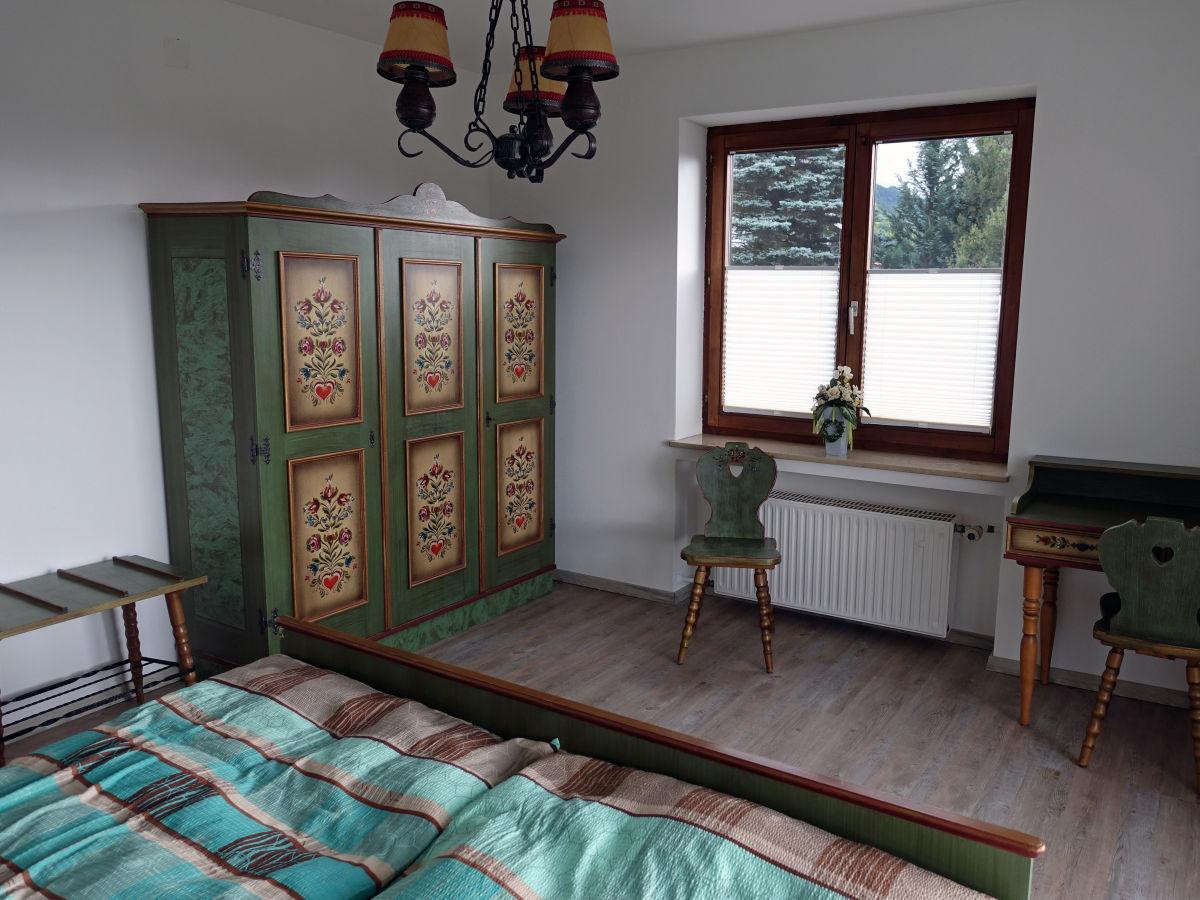 ferienwohnung d ring im ug mit terrasse allg u bei f ssen k nigsschl sser ammergebirge herr. Black Bedroom Furniture Sets. Home Design Ideas
