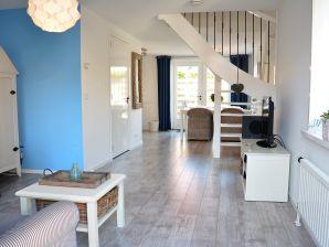 (DW122) Neues und helles Ferienhaus