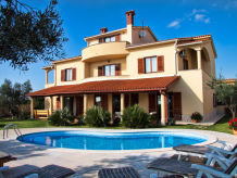 Villa for large family