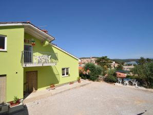 Holiday apartment Apartment Nenad 4 near the beach, with sea view