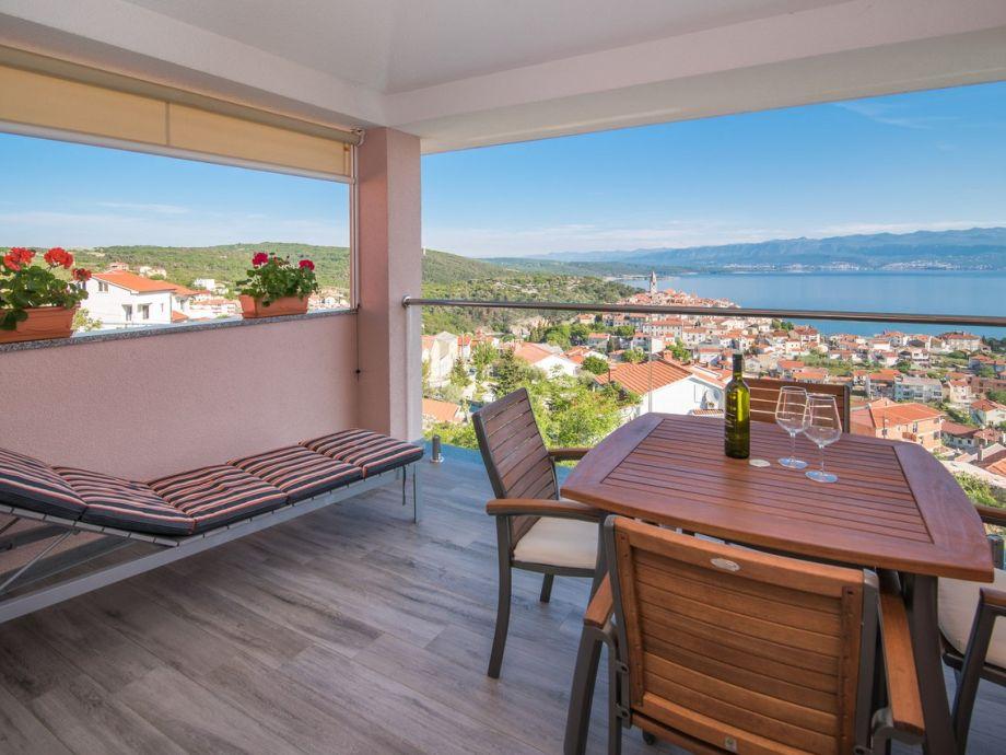 Apartment Una with sea view