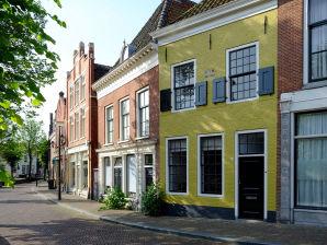 Ferienhaus Huisje aan de Gracht