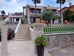 Ferienwohnung Apartment Villa Maja