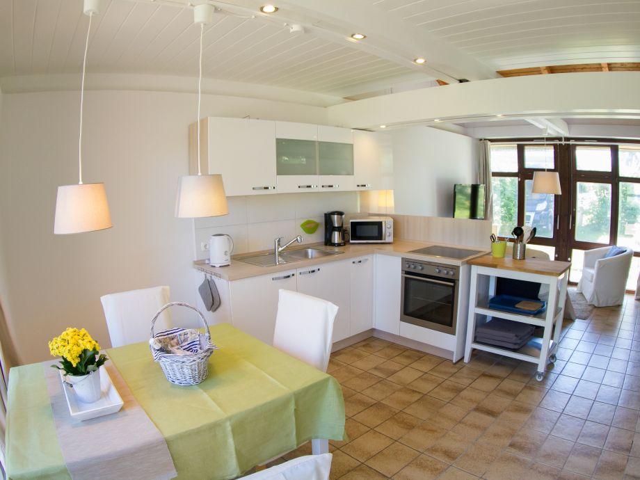 ferienwohnung im kleinen strandhaus stein kieler bucht herr ralf fischer. Black Bedroom Furniture Sets. Home Design Ideas
