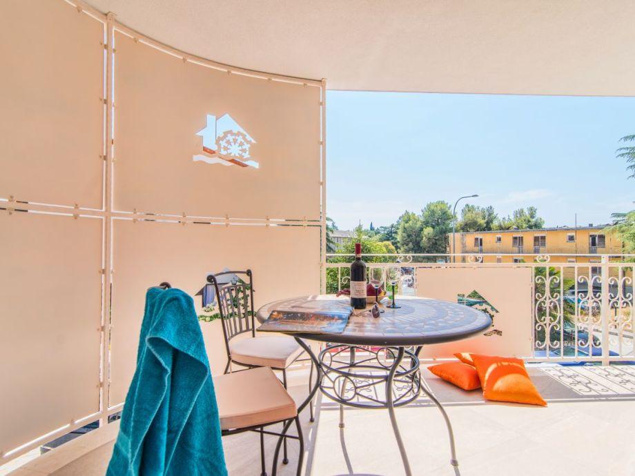 villa alte muehle novigrad istrien firma kompas d o o firma kompas d o o villas. Black Bedroom Furniture Sets. Home Design Ideas