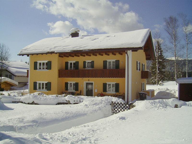 """Ferienwohnung """"Wetterstein"""" im Haus Buckelwiesen"""
