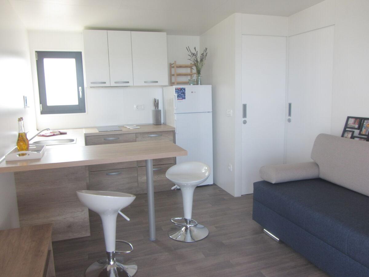 ferienhaus mobile home jadre biograd na moru firma val tours obrt za turizam frau natasa. Black Bedroom Furniture Sets. Home Design Ideas