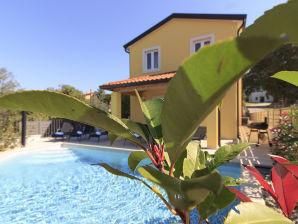 Villa 2km Strand