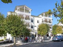 """Ferienwohnung in der Villa Seerose F700 PH 20 """"Seestern"""" im DG mit Balkon + Kamin"""