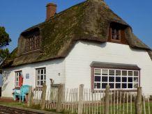 Ferienhaus Urige Reetdachkate